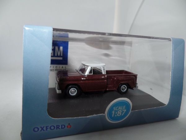 Oxford USA 87CP65003 CP65003 1/87 HO Chevrolet Stepside Pick Up 1965 Maroon Meta